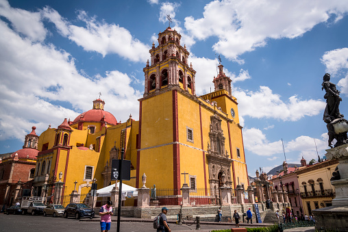 Cathedral - the Basílica Colegiata de Nuestra Señora de Guanajuato at Plaza de la Paz, Guanajuato, city in Central Mexico