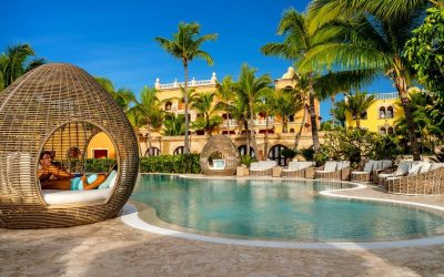 L_5c35ba2b29afb_Sanctuary-Cap-Cana-Pool-Couple-Lounge-Chair.jpg